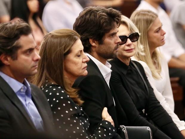 Jorge Sestino na missa para Carol Bittencourt (Foto: Manuela Scarpa/ Brazil News)