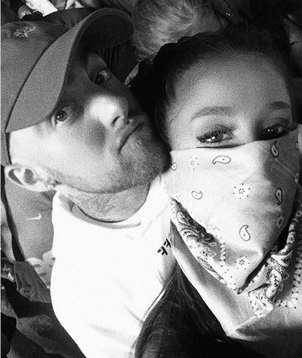 A cantora Ariana Grande com o namorado, o rapper Mac Miller (Foto: Instagram)
