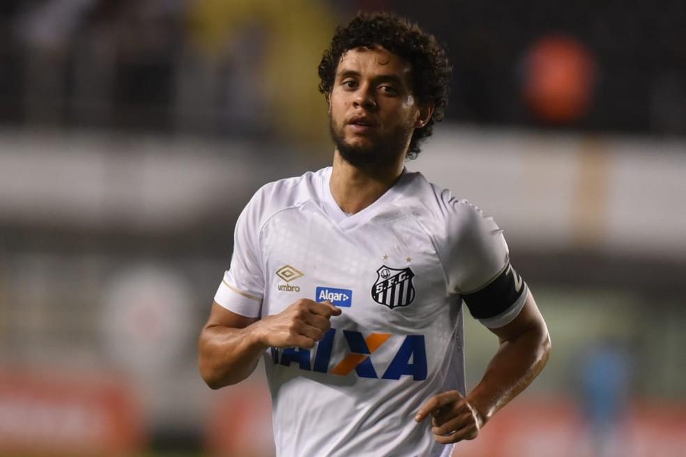 Victor Ferraz pode ser envolvido em troca com Tréllez — Foto: Ivan Storti | Santos FC l divulgação