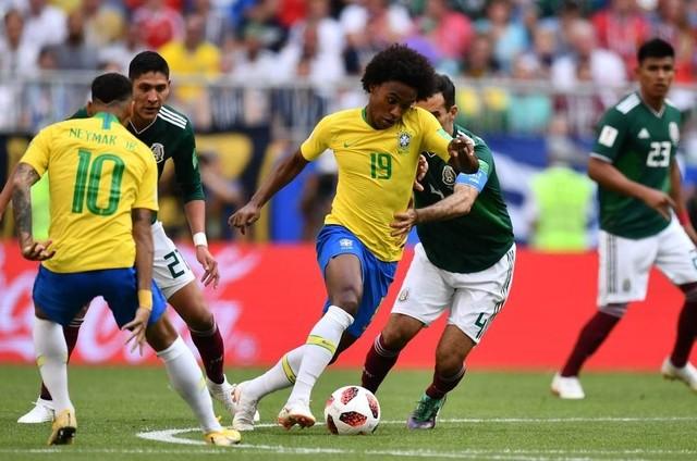 Brasil x México (Foto: Fabrice Coffrini/AFP)