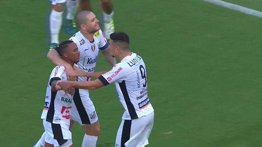 Análise: Bragantino aprende lições da Copa do Brasil e erra pouco contra Corinthians