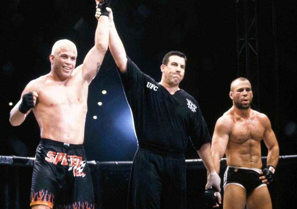 Tito Ortiz foi campeão do UFC entre 2000 e 2003 — Foto: Getty Images