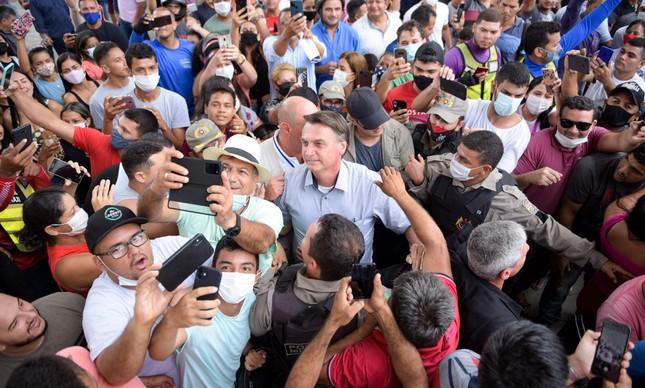 Presidente Bolsonaro visita Sena Madureira, no Acre, durante enchentes que assolaram o estado em fevereiro deste ano