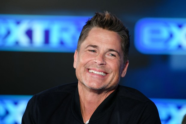 "BURBANK, CALIFORNIA - JANUARY 29: Rob Lowe visits ""Extra"" at Burbank Studios on January 29, 2020 in Burbank, California. (Photo by Noel Vasquez/Getty Images) (Foto: Getty Images)"