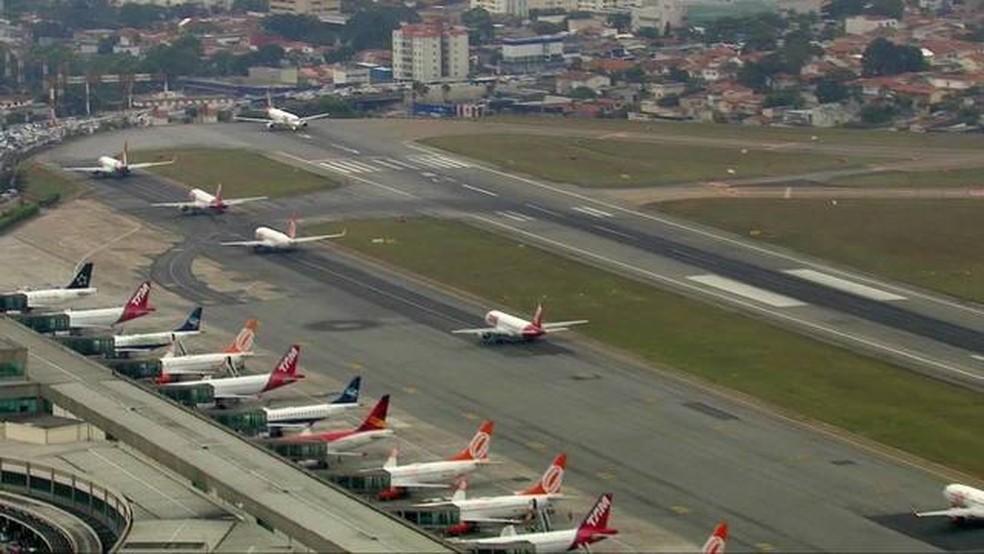 Foto de arquivo da visão aérea do aeroporto de Congonhas  — Foto: TV Globo/Reprodução