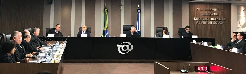 Plenário do TCU durante sessão que analisou as contas do governo federal em 2017 (Foto: Laís Lis/G1)