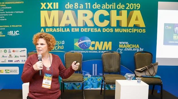 Denise Donati na XXII Marcha dos Prefeitos  (Foto: Agência Sebrae de Notícias)