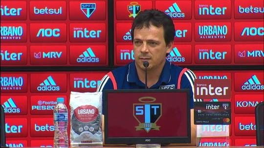 """Fernando Diniz elogia criação do São Paulo e sai em defesa de Pato: """"Sabemos que ele pode reverter"""""""