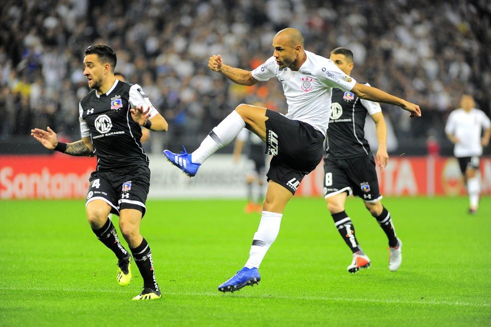 Roger começou como titular e fez o segundo gol (Foto: Marcos Riboli)