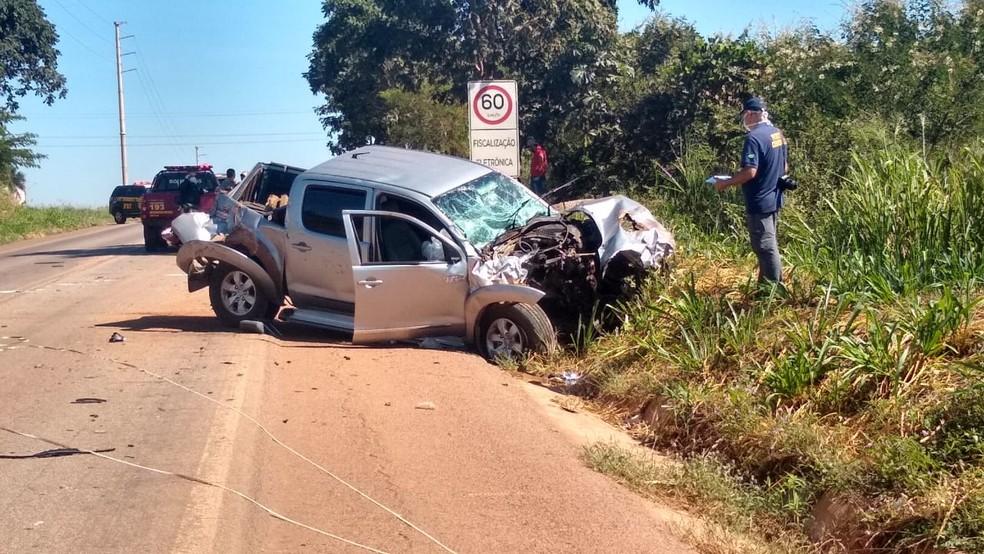 Motorista da caminhonete teria feito uma ultrapassagem indevida — Foto: Elka Candelária/TVCA