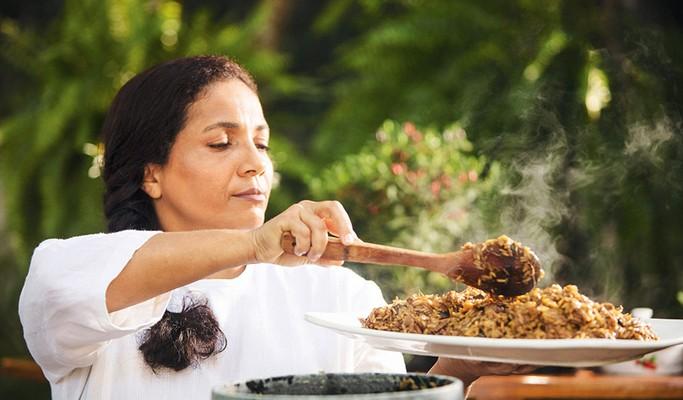 Conheça Carlucia, a cozinheira mais concorrida do showbizz