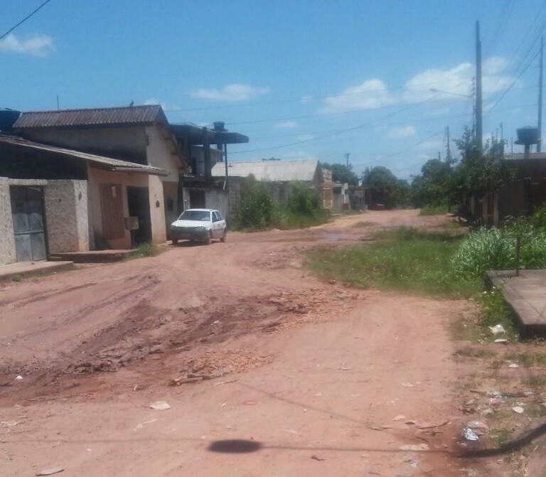 Ruas em loteamento da Zona Norte de Macapá são alvos de reclamação de internauta