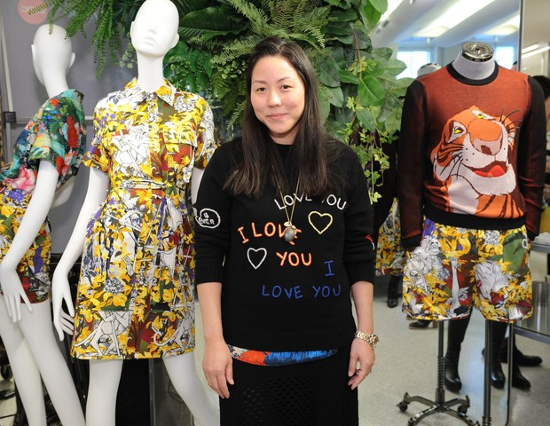 "NEW YORK, NEW YORK - APRIL 05:  Carol Lim attends the KENZO celebration of Disney's ""The Jungle Book"" Capsule Collection with Bergdorf Goodman on April 5, 2016 in New York City.  (Photo by Craig Barritt/Getty Images for KENZO) (Foto: Getty Images for KENZO)"