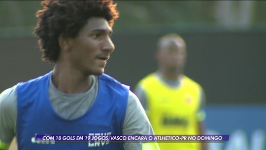 Com o desafio de melhorar o ataque, 6º pior do Campeonato, Vasco enfrenta Athletico-PR pelo Brasileirão