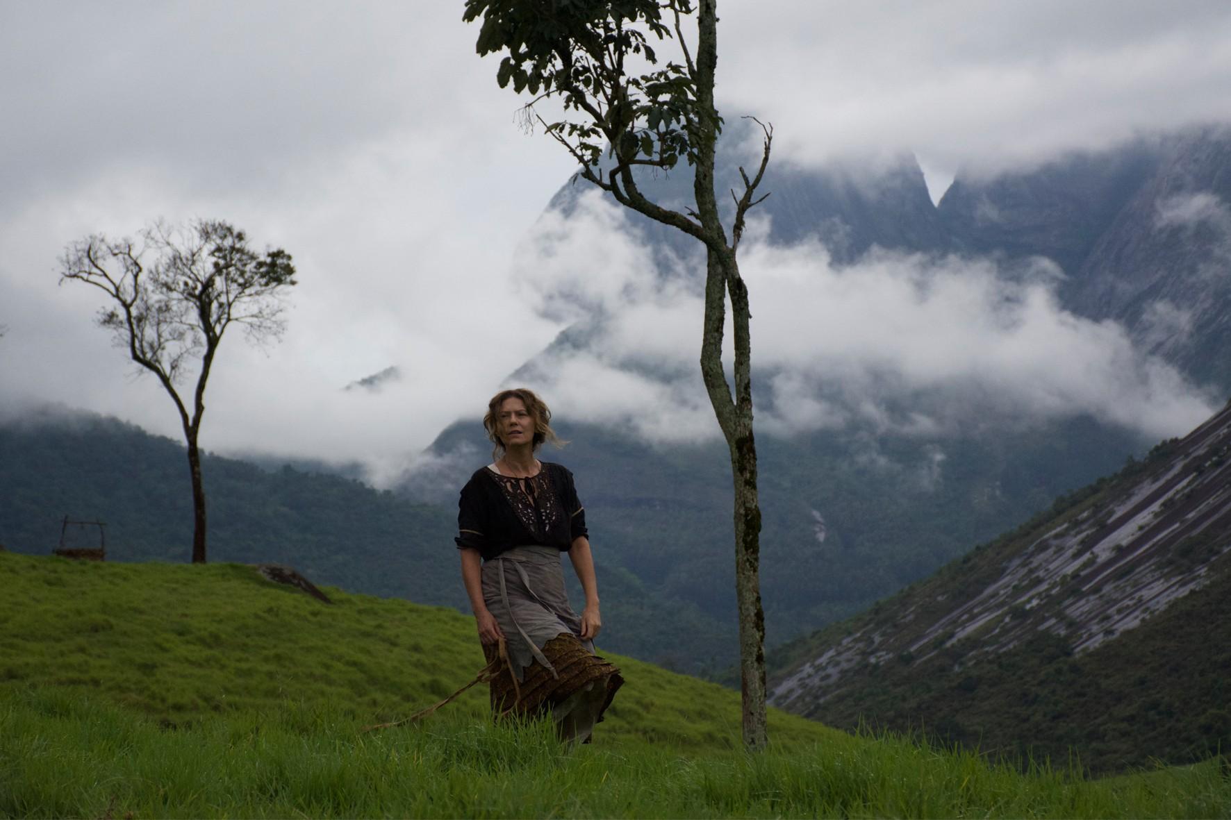 Patrícia Pillar em cena do filme Unicórnio, de Eduardo Nunes, baseado na obra de Hilda Hilst (Foto: Zeca Miranda / Divulgação)