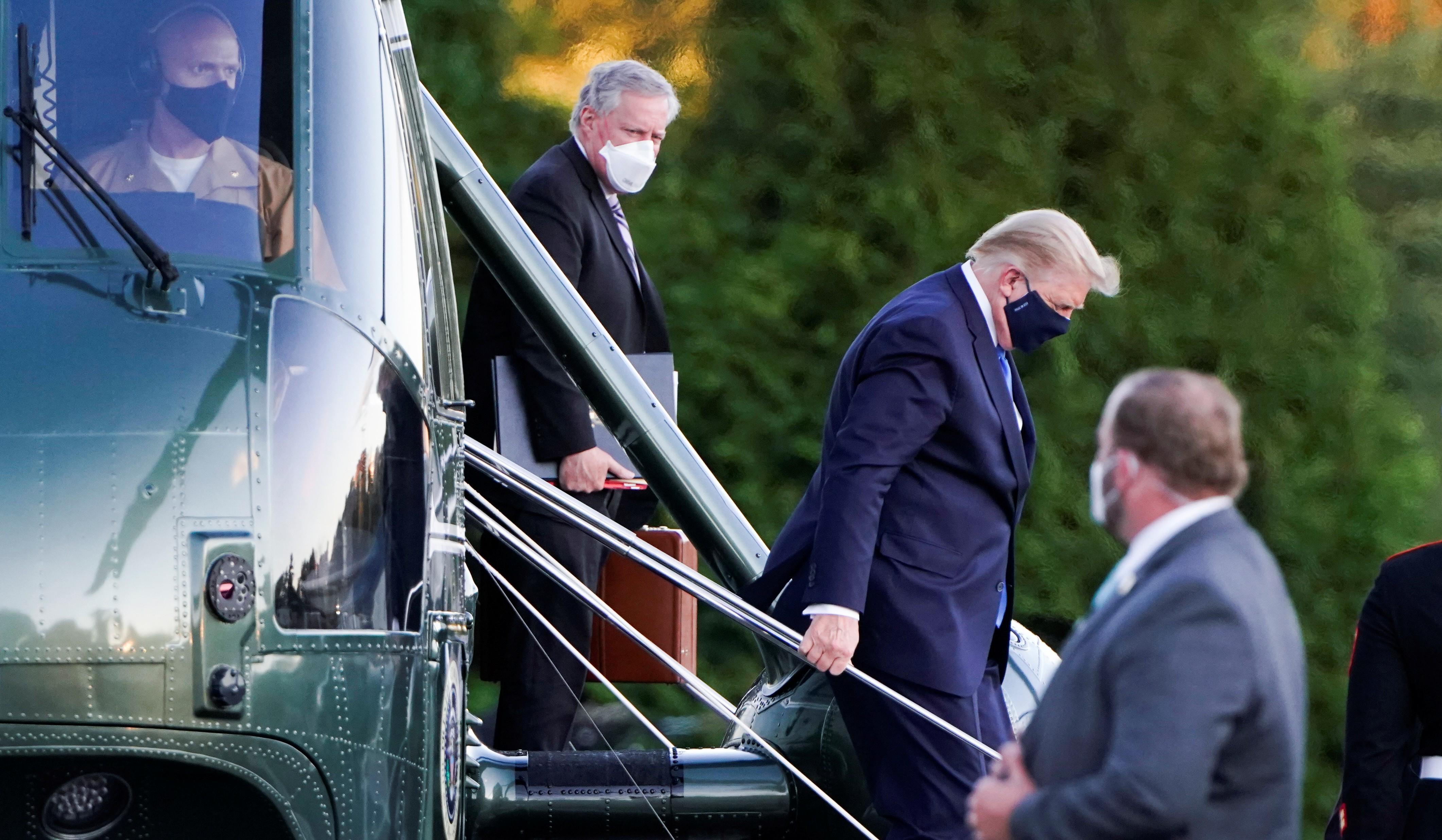 Horas antes de divulgar que estava doente, Trump recebeu resultado de teste rápido positivo para Covid-19, mas não revelou, segundo jornal