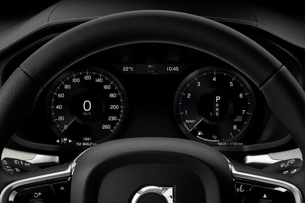 Tal como em modelos da Audi, o quadro de instrumentos do Volvo é inteiramente digital (Foto: Divulgação)