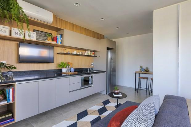 Apartamento de 38 m² ganha amplitude com integração total dos ambientes (Foto: Rafael Renzo/Divulgação)