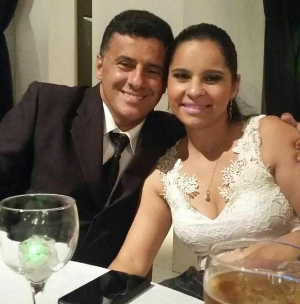 Polícia diz que Danielle Reis de Souza Siman, de 36 anos, mandou matar o comerciante Geraldo Jamil Siman Moreira — Foto: Facebook/Reprodução