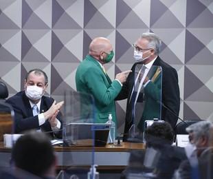 Luciano Hang na CPI da Covid | Edilson Rodrigues/Agência Senado
