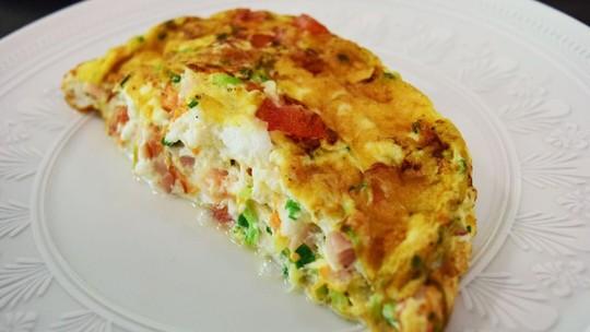 Omelete: confira 5 receitas fáceis e práticas para o dia a dia