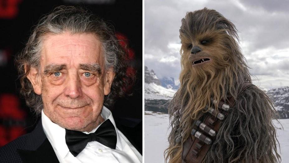 """O ator britânico Peter Mayhew, conhecido por ser o primeiro a interpretar Chewbacca nos filmes de """"Star Wars"""", morreu na última terça-feira (30) aos 74 anos (Foto: Divulgação)"""
