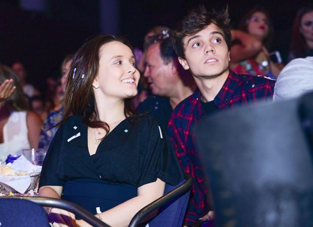 Larissa Manoela e o namorado, o ator Léo Cidade (Foto: Leo Franco/AgNews)