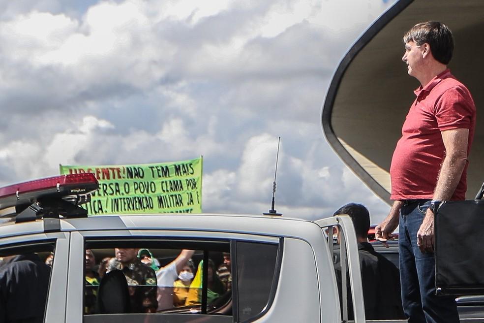 Bolsonaro em ato em Brasília — Foto: Gabriela Biló/Estadão Conteúdo