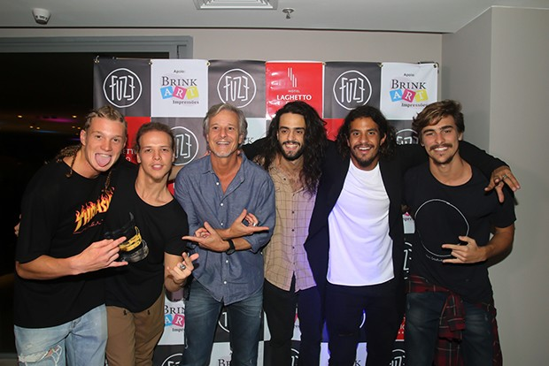 Banda Fuze e Marcello Novaes (Foto: Eny Miranda/ Divulgação)