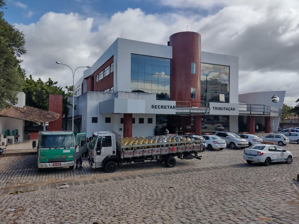 Polícia Civil e SET desarticulam revendedoras ilegais de gás de cozinha no RN — Foto: Divulgação
