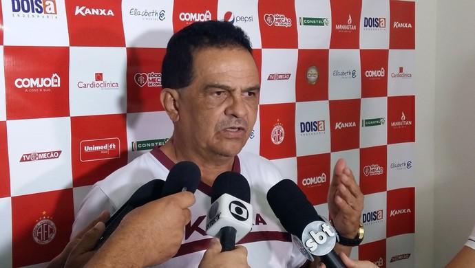 América-RN - Francisco Diá, técnico (Foto: Jocaff Souza/GloboEsporte.com)