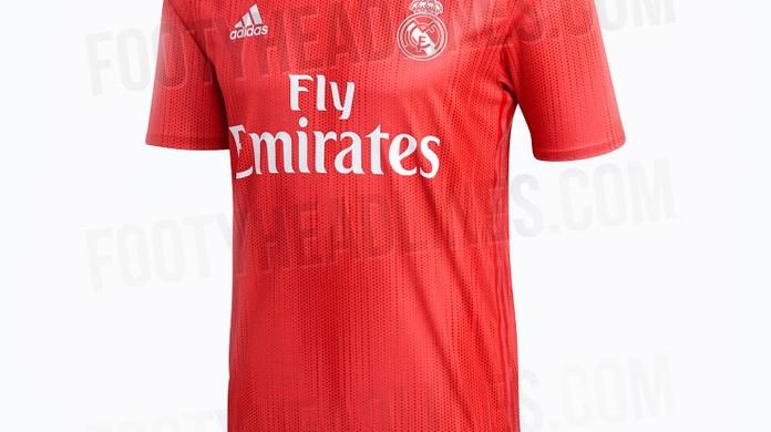 4937043e14 Site vaza suposta terceira camisa do Real para próxima temporada ...