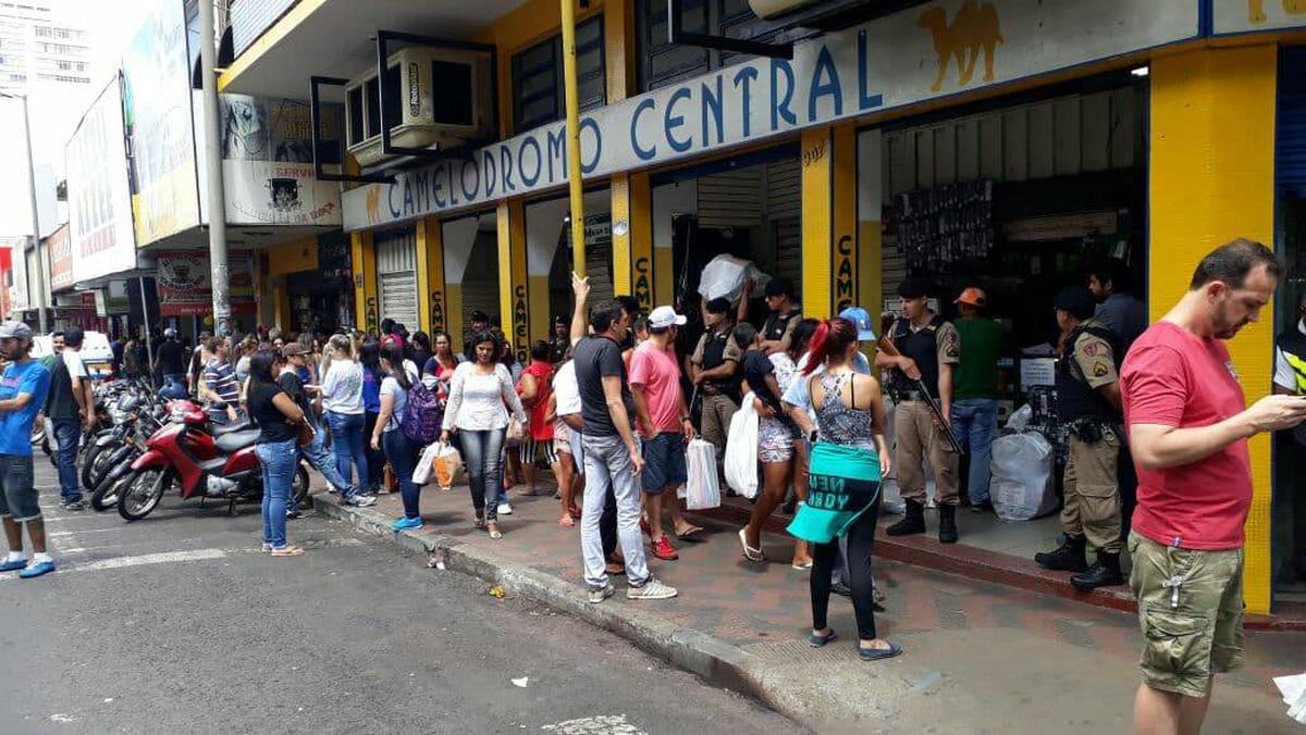 Termina prazo para lojistas apresentarem notas fiscais após operação em camelódromos de Uberlândia