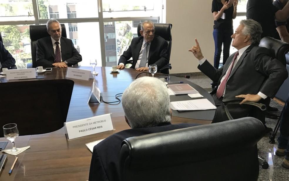 Governo de Goiás e Prefeitura de Goiânia se reúnem para discutir sobre a privatização do Eixo Anhanguera — Foto: Vitor Santana/G1