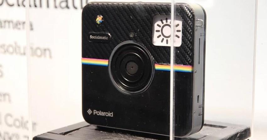 94023c6677f9a Câmera  do Instagram  chega ao Brasil neste mês e tem preço salgado ...