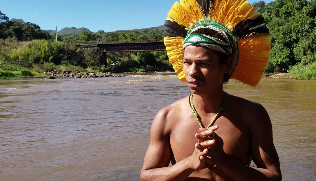 Para cacique de aldeia indígena, contaminação do rio é como a perda de um parente em um massacre — Foto: Raquel Freitas/G1