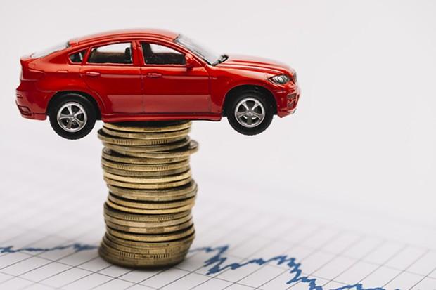 Alguns valores de multa chegaram a até R$ 1.800 (Foto: Freepik)