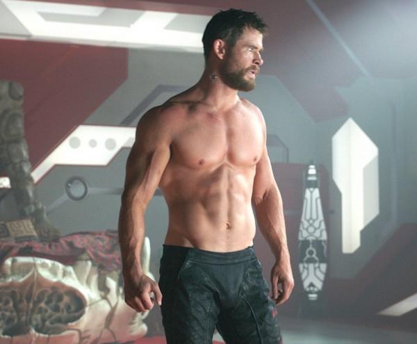 O ator Chris Hemsworth como o herói Thor em Thor: Ragnarok (2017) (Foto: Reprodução)