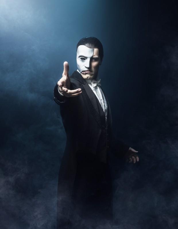 Thiago Arancam como o Fantasma (Foto: Pedro Dimitrow)