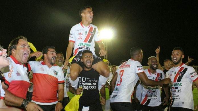 Resultado de imagem para Ferroviário vence o Campinense nos pênaltis e conquista o acesso à Série C de 2019