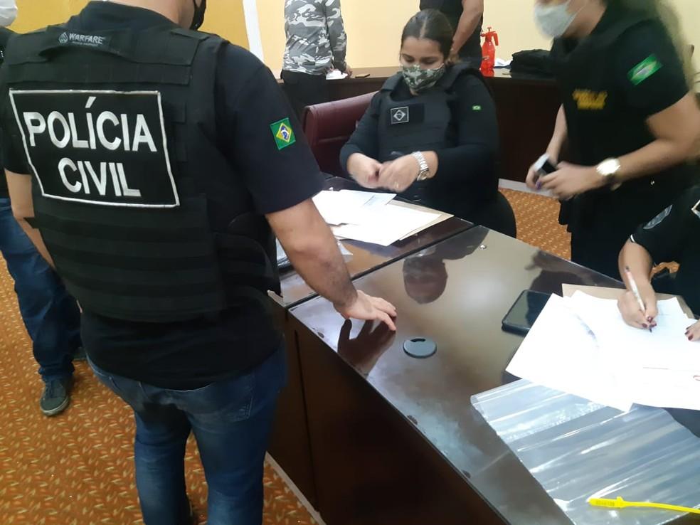 Material apreendido em operação em Manaus — Foto: Leandro Guedes/G1