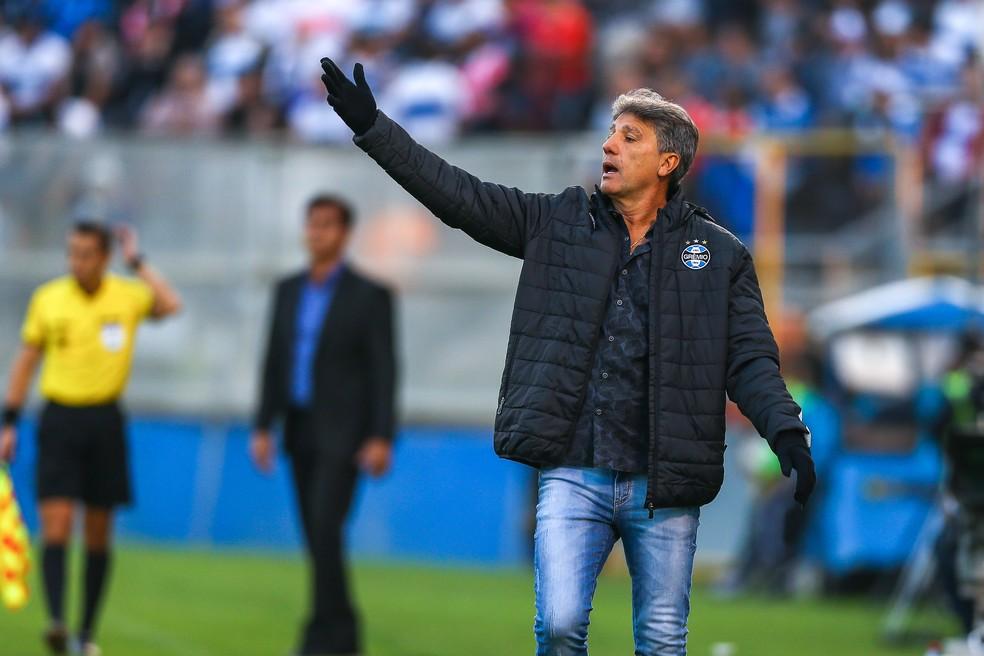Renato Gaúcho precisa encontrar meios de fazer o Grêmio voltar a vencer — Foto: Lucas Uebel/Grêmio/Divulgação