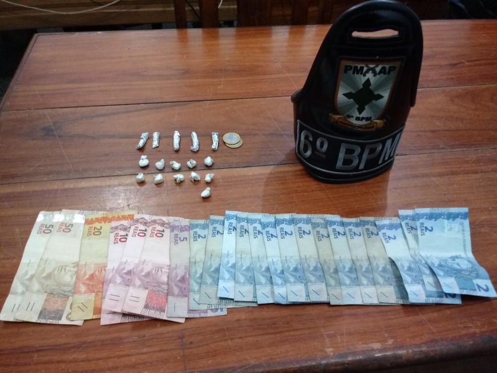 -  Crack e maconha foram apreendidos na região conhecida como   39;Baixada Pará  39;, em Macapá  Foto: Polícia Militar/Divulgação