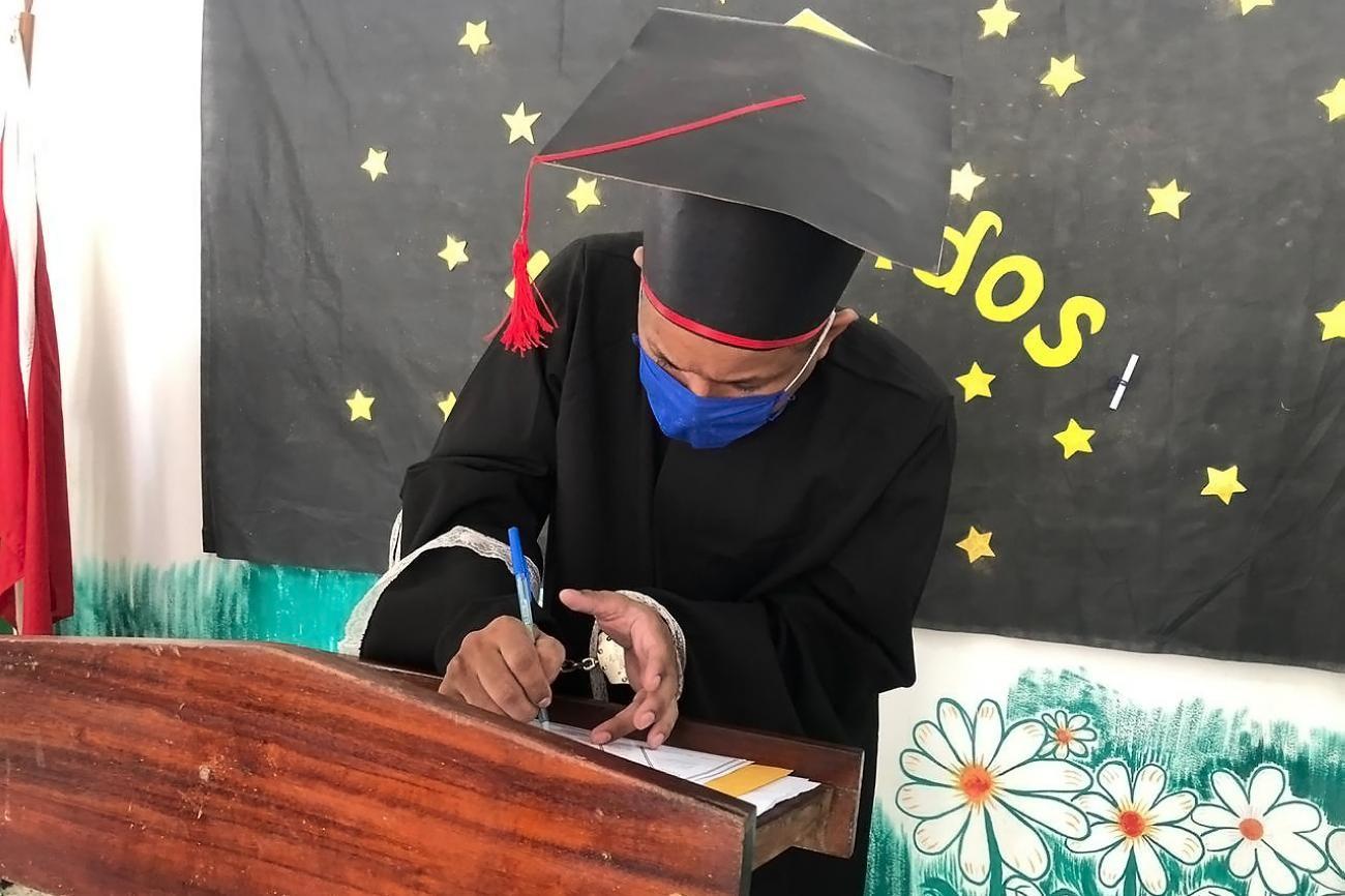 14 internos do presídio de Santarém concluem ensinos médio e fundamental
