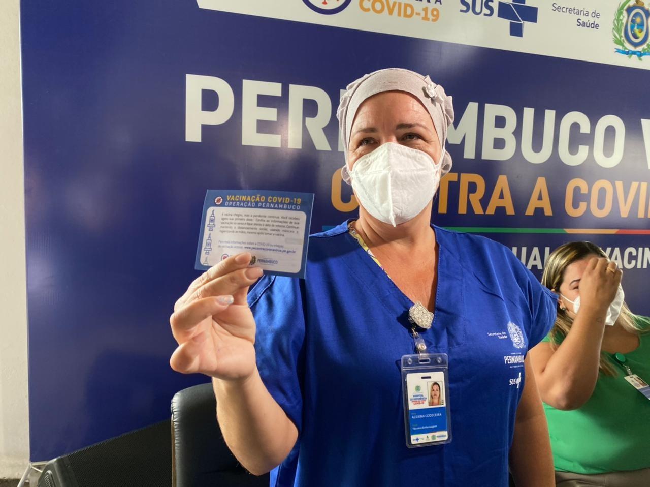 Plano prevê vacinação de 2,9 milhões contra Covid-19 em PE; veja número de pessoas em cada grupo