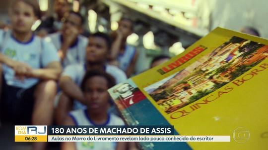 Estudantes do Rio aprendem mais sobre Machado de Assis em aulas no Morro do Livramento