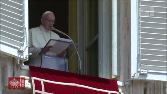 Papa Francisco saúda religiosos de Nova Friburgo, RJ, e outras quatro cidades brasileiras durante missa no Vaticano