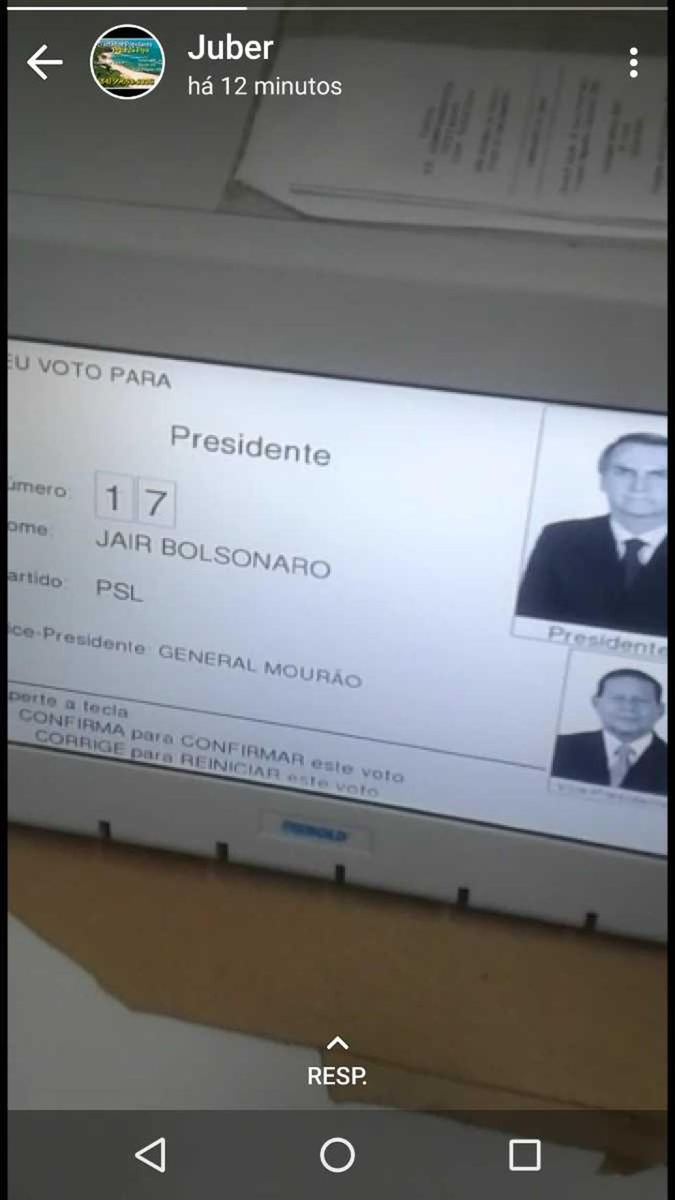 Eleitor registrou em vídeo voto na urna eletrônica e postou no WhatsApp — Foto: Divulgação/TRE-PB