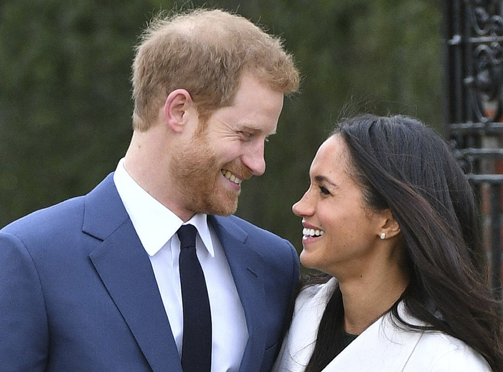 what season of suits did meghan markle start dating harry)