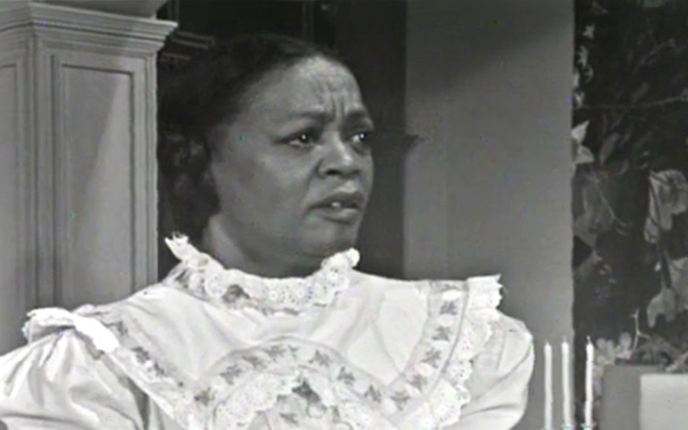 Ruth de Souza na novela 'Helena', em 1975 — Foto: TV Globo